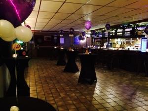 bowling cafe